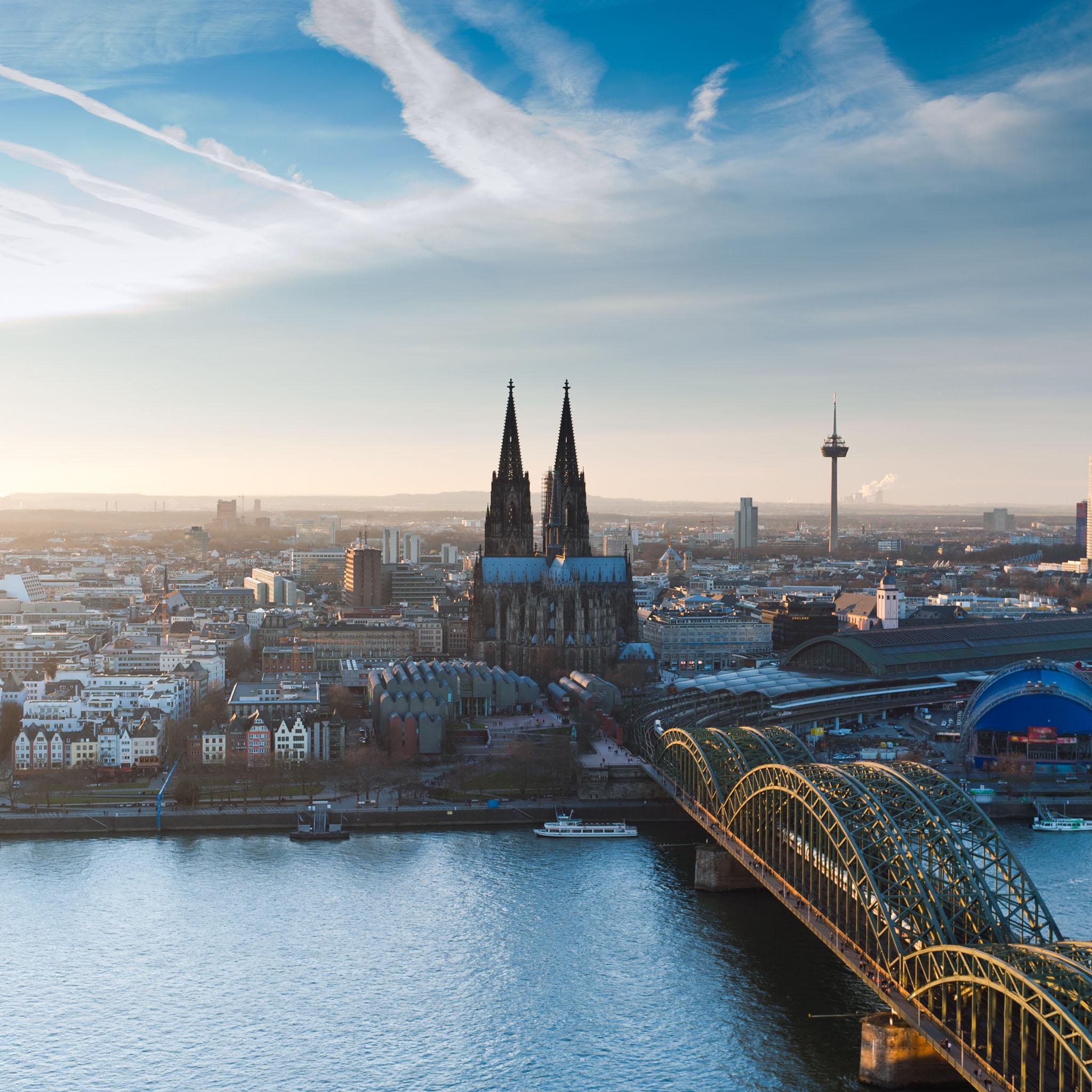 Cologne Cathedral At Dusk Evening Cityscape Wallpaper: Wallpaper De La Semana #34: Colonia (Alemania)
