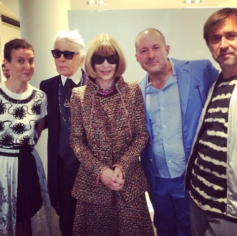 De izq. a der: Sarah Andelman, Karl Lagerfeld, Anna Wintour, Jony Ive y Marc Newson