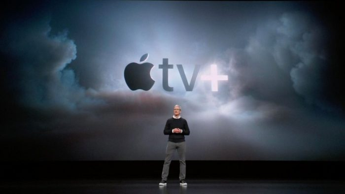 Tim Cook presentando Apple TV+