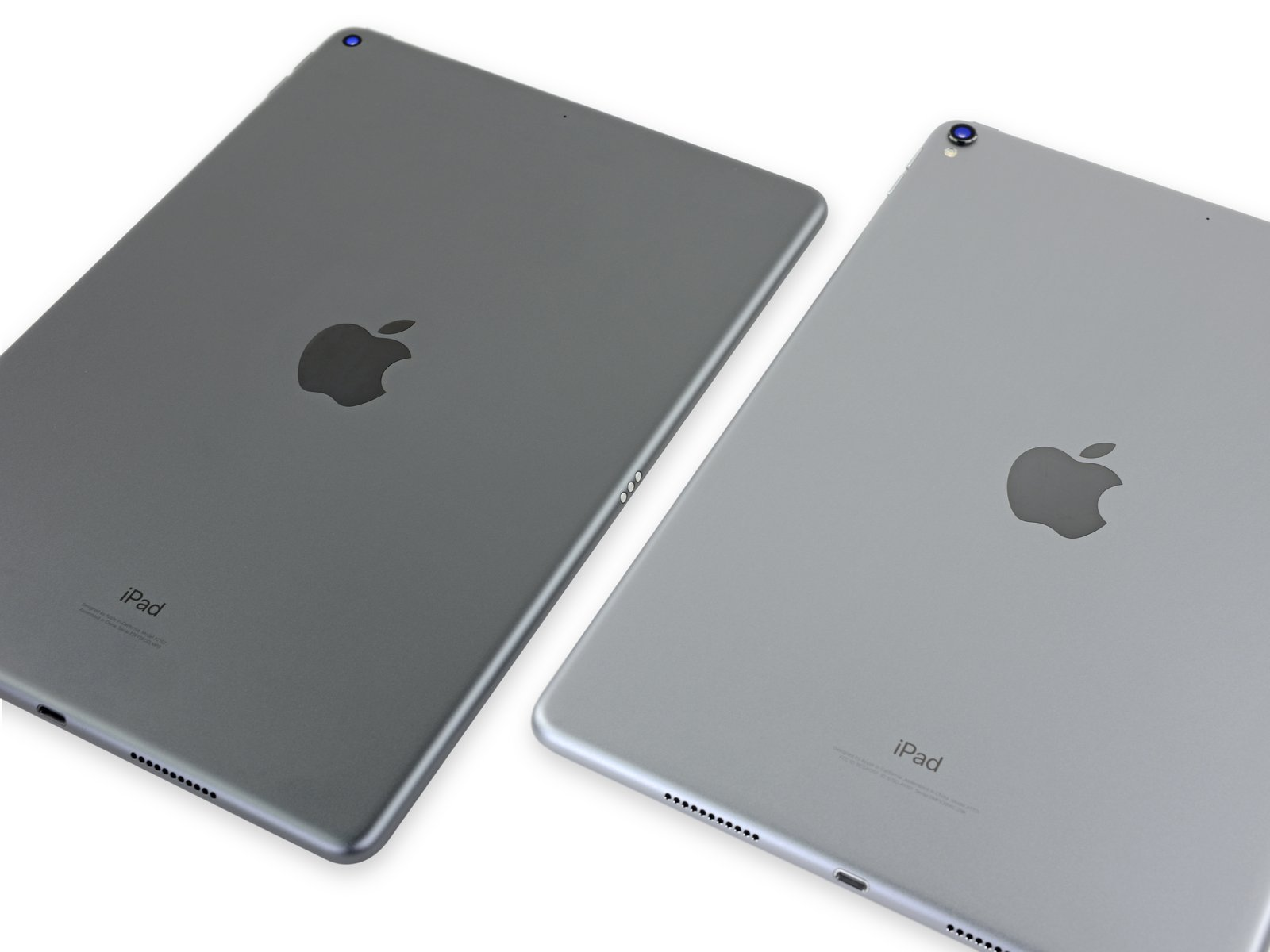 iPad Air 3 comparado con el iPad Pro del 2017 (a la derecha)