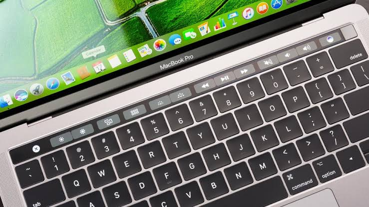 MacBook con Touch Bar